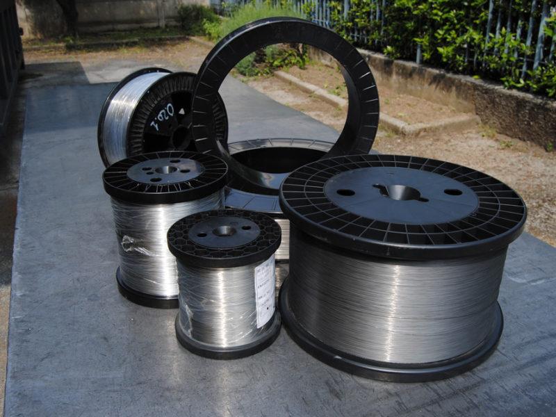 confezioni-fili-e-nastri-acciaio